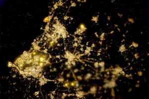 DarkSkyTerschelling: satellietfoto Randstad bij nacht